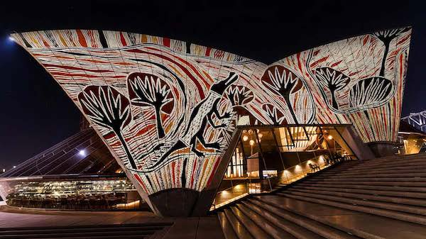 Ancient art on Sydney Opera House - Food and Travel